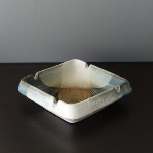 pottery-craft-mid-century-ash-tray-01
