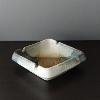 pottery-craft-mid-century-ash-tray-01