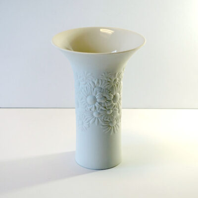 larger-rosenthal-daisy-bisque-vase