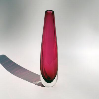 fuschia-art-glass-sommerso-solifleur-vase