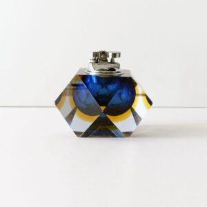 murano-faceted-block-sommerso-blue-yellow-diamond-cut-table-lighter