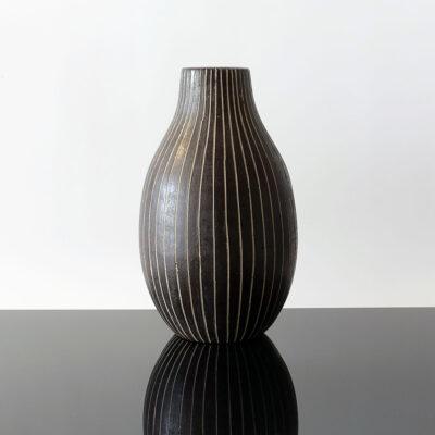 tall-black-white-sgraffito-bulb-shape-vase-2