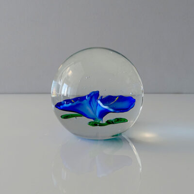 blue-flowers-clear-crystal-ball-paperweight