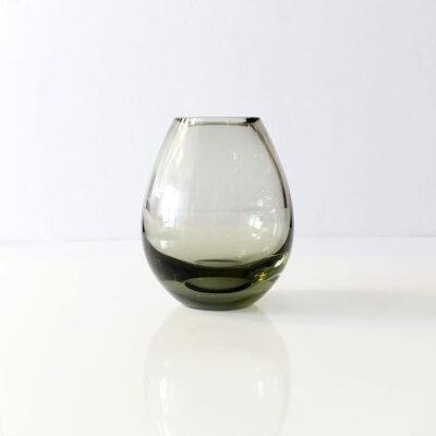 per-lütken-holmegaard-1960-smoke-vase