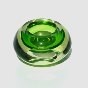 flavio-poli-style-green-faceted-low-block-paperweight
