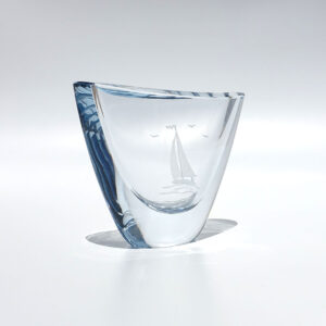 Strombergshyttan-oblong-vase-etched-sailboat