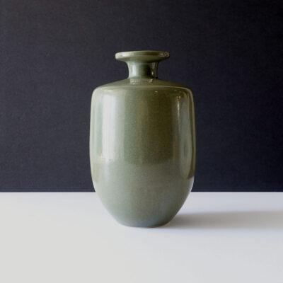 royal-haeger-ceramic-narrow-neck-vase