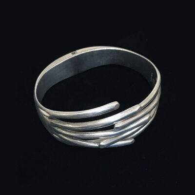 vintage-taxco-mexico-ribbed-hinged-sterling-cuff