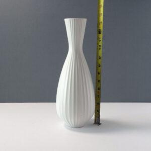 jonathan-adler-ribbed-white-pottery-vase