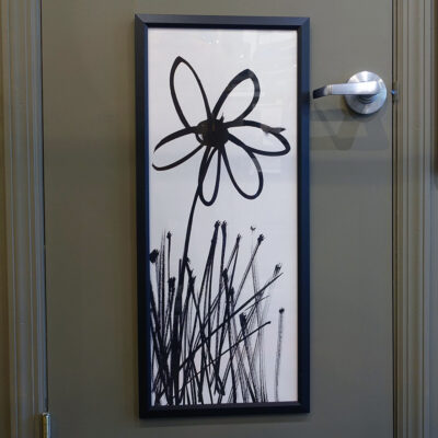 lopez-daisy-12x30-narrow-black-frame