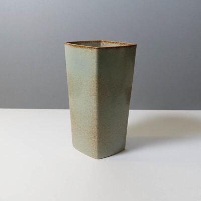 stanley-ballard-vermont-porcelain-vessel-id-10