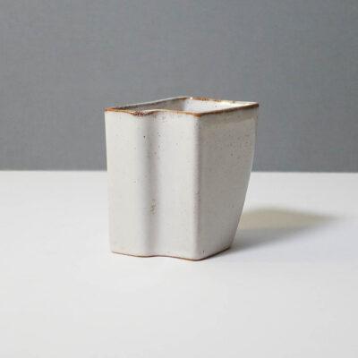 stanley-ballard-vermont-porcelain-vessel-id-12