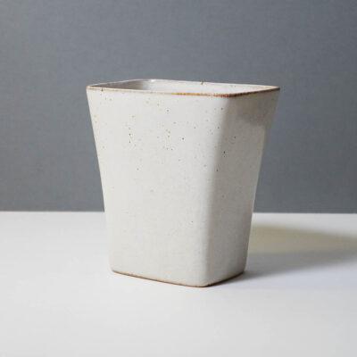 stanley-ballard-vermont-porcelain-vessel-id-19