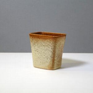 stanley-ballard-vermont-porcelain-vessel-id-20