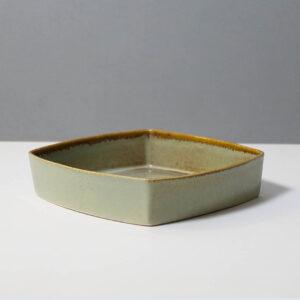 stanley-ballard-vermont-porcelain-vessel-id-30