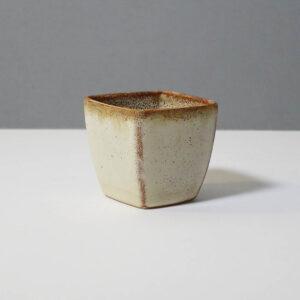 stanley-ballard-vermont-porcelain-vessel-id-40