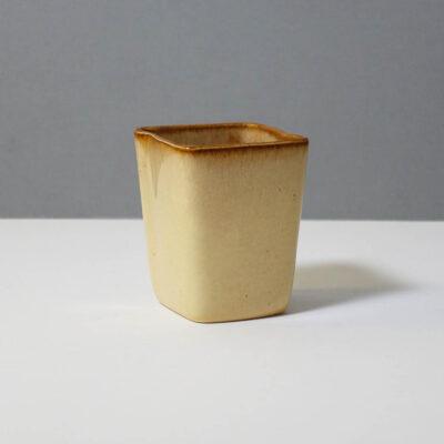 stanley-ballard-vermont-porcelain-vessel-id-41