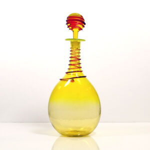 bulb-blown-glass-decanter-red-trailing-wraps