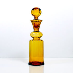 ribbed-russian-style-amber-decanter