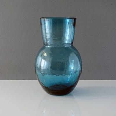 blue-teal-waisted-modernist-bullicante-vase