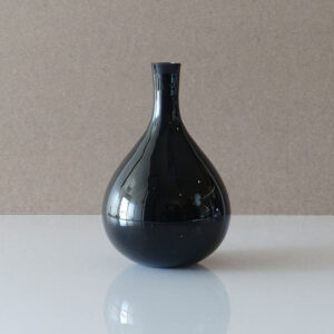 black-ivima-block-cased-glass-vase
