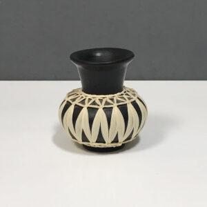 1950s-gmundner-keramik-cabinet-vase
