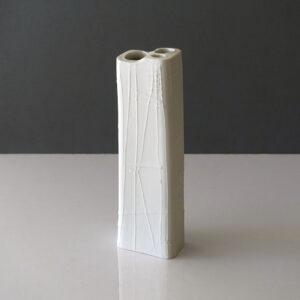 arabia-finland-brutalist-matte-bisque-porcelain-vase