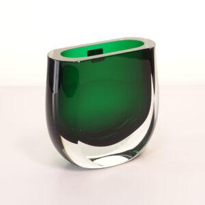 block-smaller-emerald-green-crystal-vase