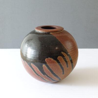 stoneware-signed-studio-pottery-vase