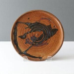 studio-pottery-drip-fat-lava-glaze-platter