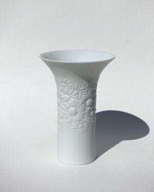 2017-006-white-daisy-vase-studio-linie