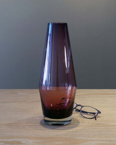2018-054-Riihimaki-Tapered-Violet-Glass-Vase