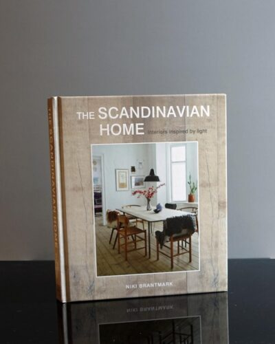 8-134-the scandinavian-home-book2