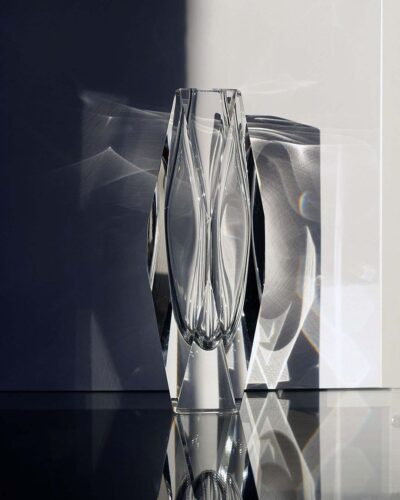 2018-221-clear-faceted-murano-vase-ray-new-york