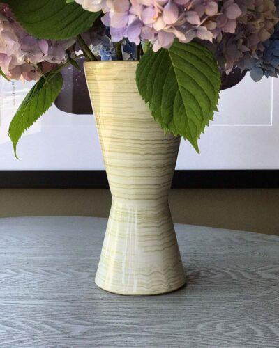 2018-253-mcCoy-floraline-hourglass-vase