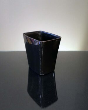 2018-262-ballard-black-rectangular-vase