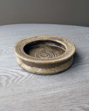 2018-273-zaalberg-holland-studio-pottery-console-dish