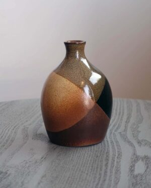 2018-312-pottery-craft-onion-dome-bud-vase