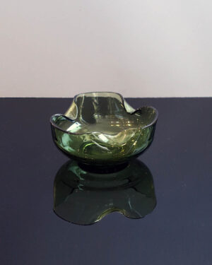 olive-green-handkerchief-glass-dish2