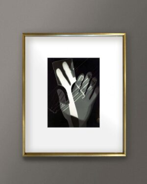 2018-408-moholy-nagy-hands-fotogram-gold-frame