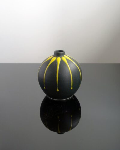 2018-425-Fat-Lava-Black-Yellow-Drip-Glaze-Orb-Shape-Weed-Pot-Feelie-Bud-Vase
