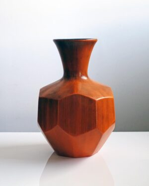 2018-429-royal-haeger-large-burnt-orange-faceted-ceramic-vase-black-interior