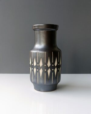 2018-445-piesche-and-reif-large-sgraffito-east-german-wide-mouth-vase