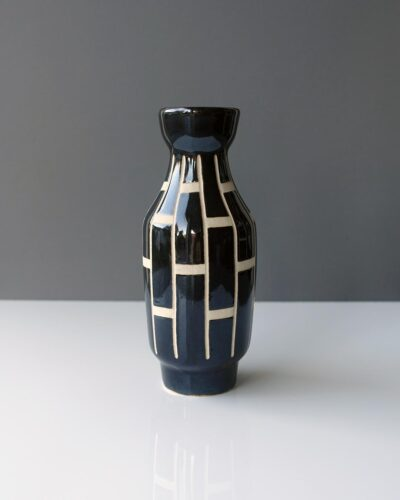 2018-448-piesche-and-reif-medium-glossy-sgraffito-east-german-vase