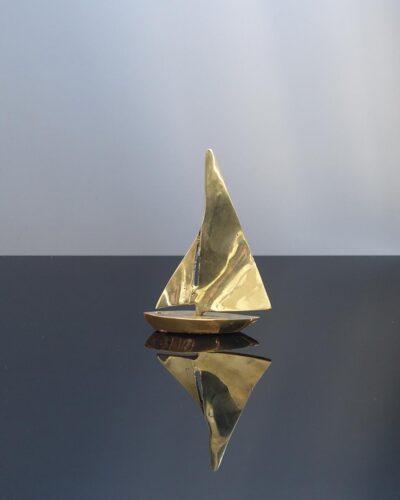 small-brass-sailboatB2