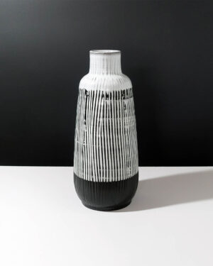 sgraffito-striped-stoneware-XXL-vase-A