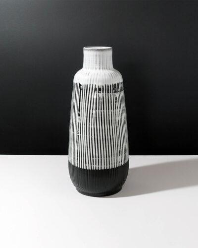 sgraffito-striped-stoneware-XXL-vase-A