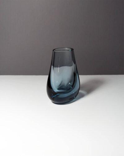 whitefriars-arctic-blue-hambone-art-glass-bud-vase-3