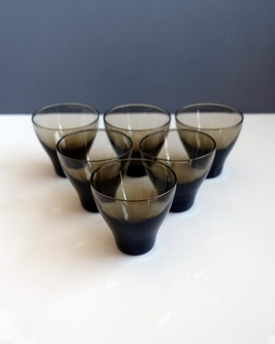 scandinavian-cordial-shot-glasses-02