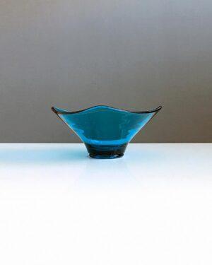 blue depression-glass-square-dish-1